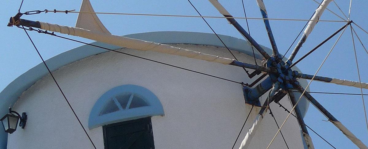 Vacanza in barca a vela in Grecia ionica: i mulini a vento